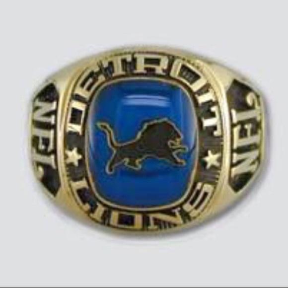 e415e963 Detroit Lions Large Classic Ring by Balfour